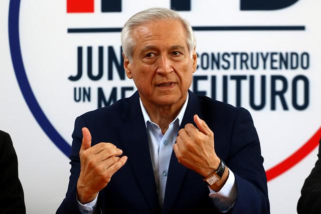 """Heraldo Muñoz: """"Los caminos propios no conducen a ninguna parte"""""""
