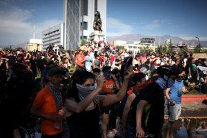 Por qué se criminalizan las protestas en Chile